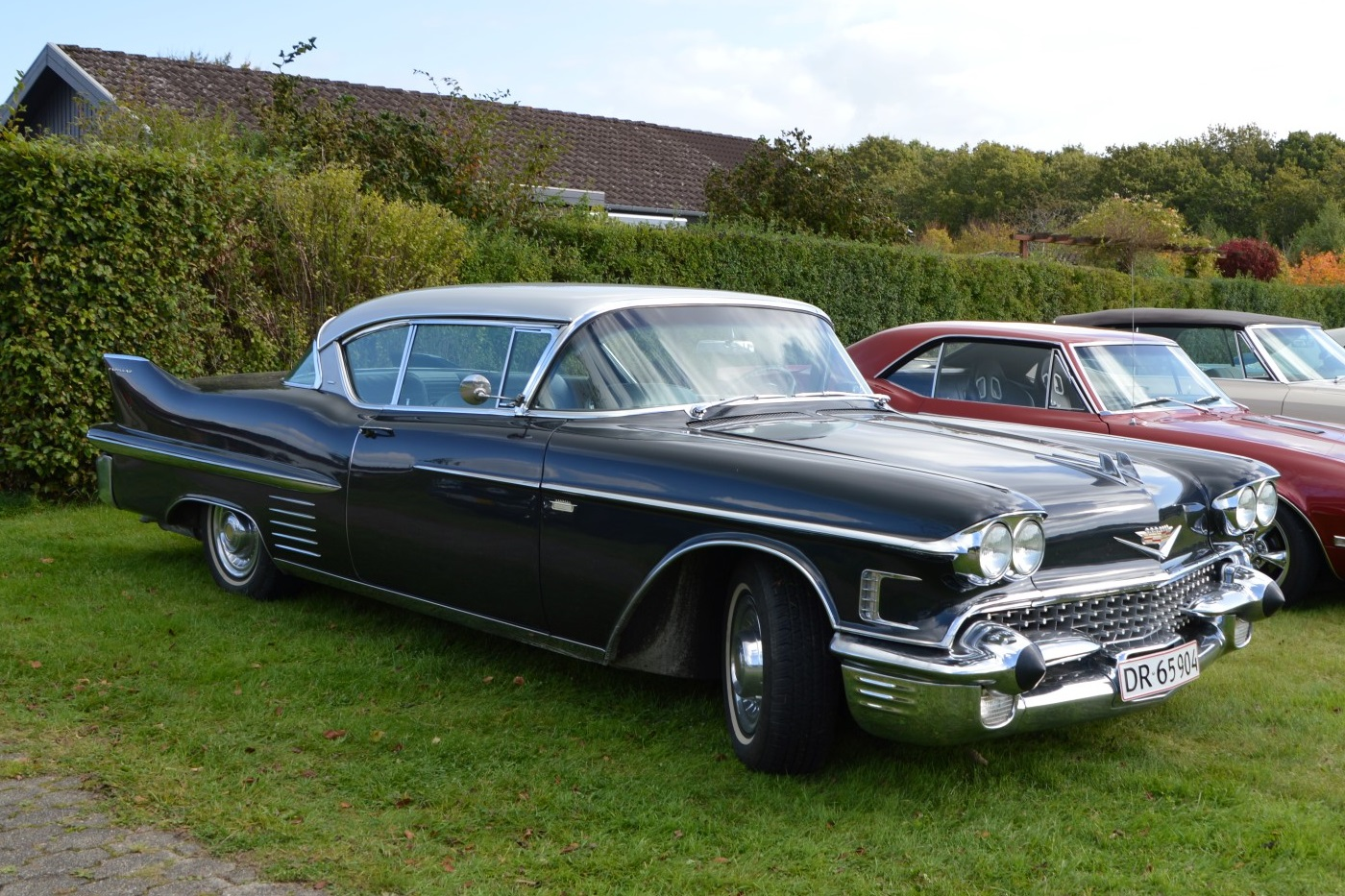 1958-cadillac-coupe-deville-4-164